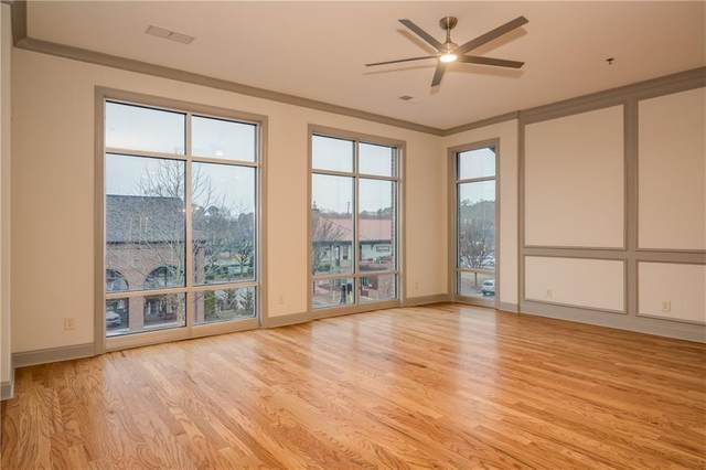 360 Chambers Street #101, Woodstock, GA 30188 (MLS #6776446) :: 515 Life Real Estate Company