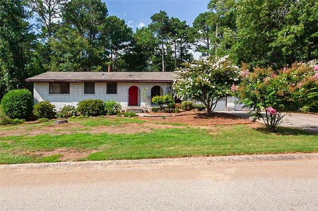 180 Greenbriar Court SE, Conyers, GA 30094 (MLS #6778366) :: Tonda Booker Real Estate Sales