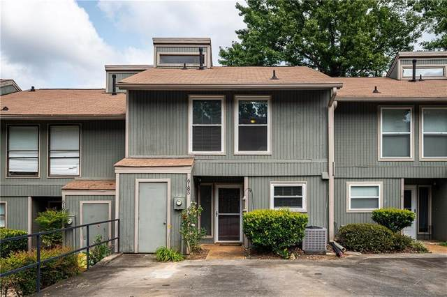 6185 Woodland Road, Peachtree Corners, GA 30092 (MLS #6778371) :: North Atlanta Home Team