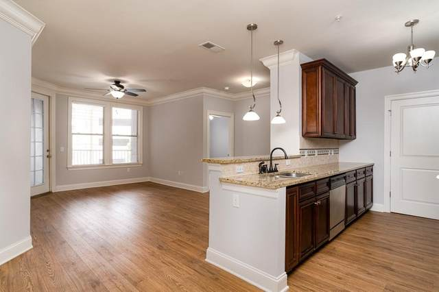901 Abernathy Road NE #4080, Atlanta, GA 30328 (MLS #6779618) :: The Butler/Swayne Team