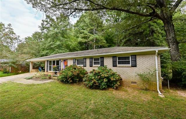 3850 Bright Star Road, Douglasville, GA 30135 (MLS #6779692) :: The Hinsons - Mike Hinson & Harriet Hinson