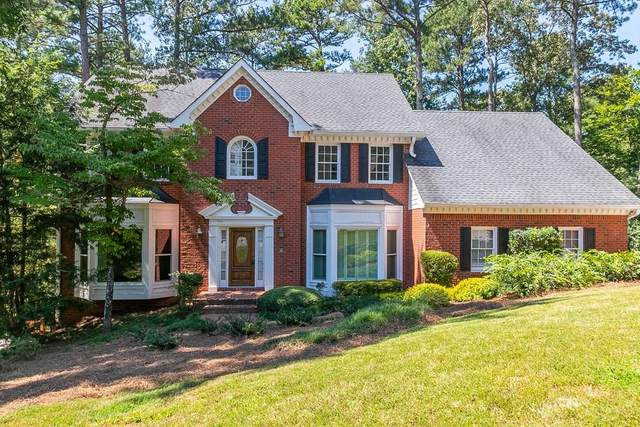 8825 Willowbrae Lane, Roswell, GA 30076 (MLS #6780043) :: North Atlanta Home Team