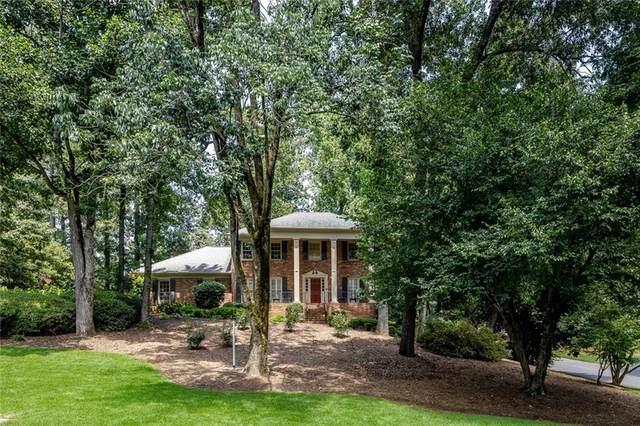5369 Tally Green Drive, Marietta, GA 30068 (MLS #6780784) :: The Hinsons - Mike Hinson & Harriet Hinson