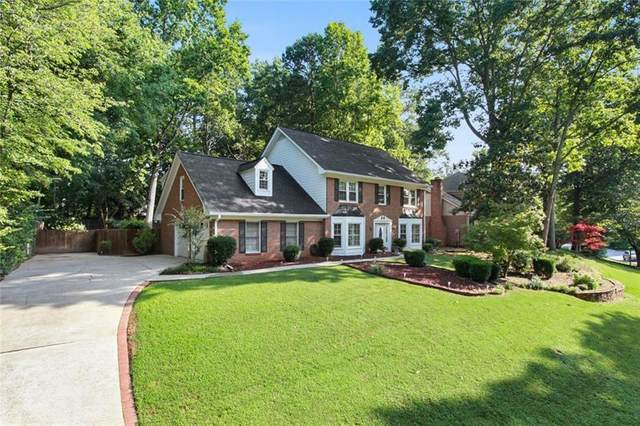 6065 Courtside Drive, Peachtree Corners, GA 30092 (MLS #6781343) :: North Atlanta Home Team
