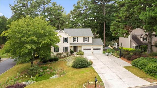 1113 Pine Grove Drive, Alpharetta, GA 30009 (MLS #6781398) :: North Atlanta Home Team