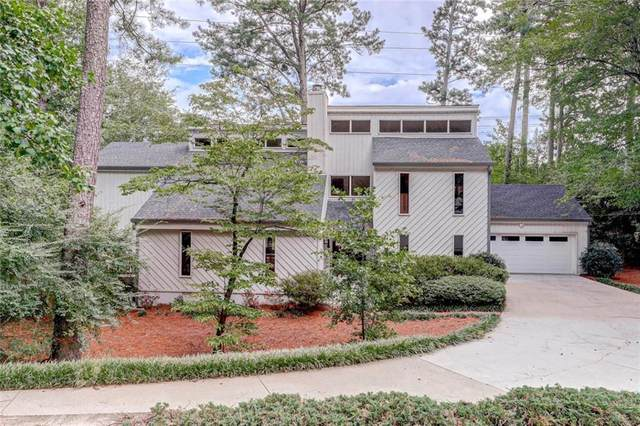 1891 Gramercy Court, Dunwoody, GA 30338 (MLS #6782927) :: Dillard and Company Realty Group