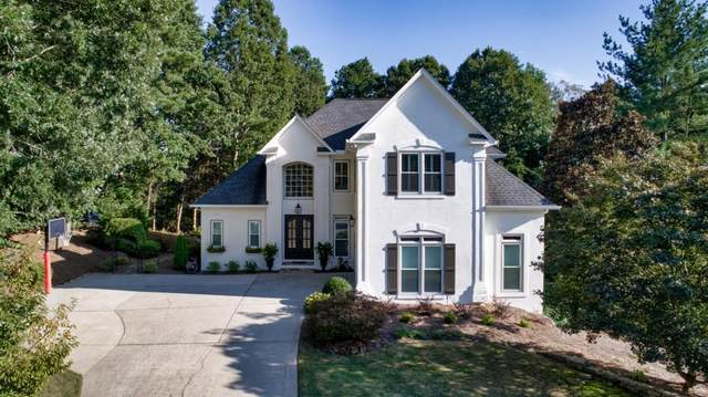 6555 Wedgewood Chase, Suwanee, GA 30024 (MLS #6784344) :: The Heyl Group at Keller Williams