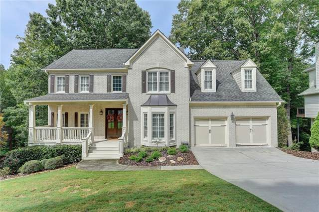 5585 Ashewoode Downs Drive, Alpharetta, GA 30005 (MLS #6784351) :: Keller Williams Realty Cityside