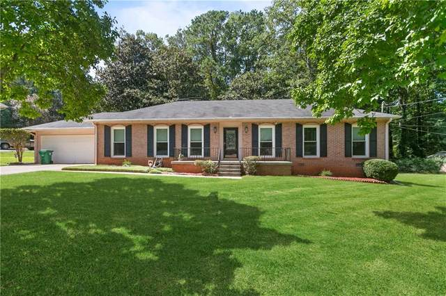 5007 Fairforest Drive, Stone Mountain, GA 30088 (MLS #6784579) :: The Heyl Group at Keller Williams