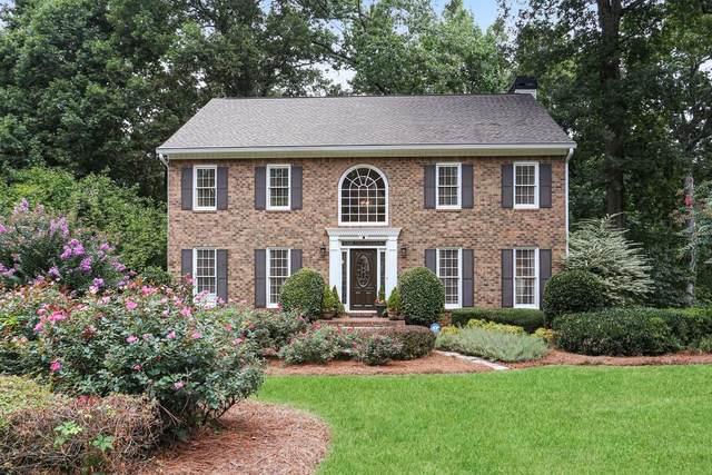 415 Ridgewood Way, Alpharetta, GA 30005 (MLS #6784945) :: Scott Fine Homes at Keller Williams First Atlanta