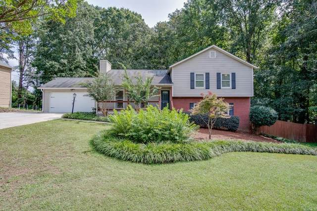 2370 Whitebluff Way, Buford, GA 30519 (MLS #6785901) :: Kennesaw Life Real Estate