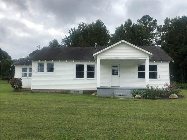 6914 E Cherokee Drive, Canton, GA 30115 (MLS #6786583) :: The Heyl Group at Keller Williams