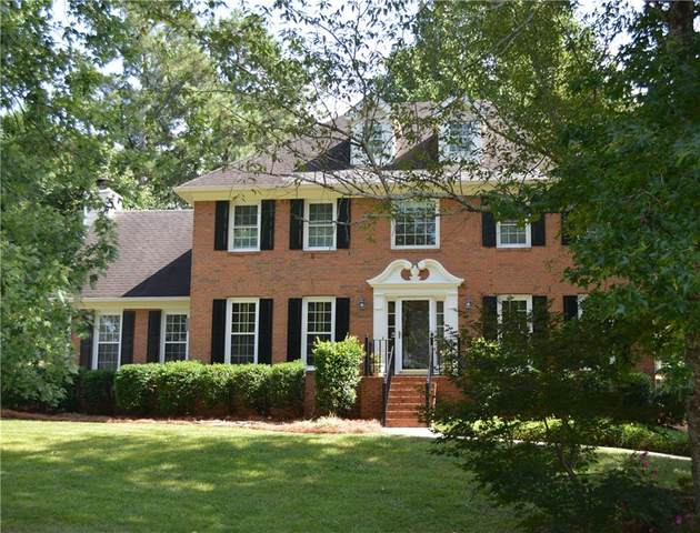 2610 Willow Green Drive, Duluth, GA 30096 (MLS #6786754) :: North Atlanta Home Team