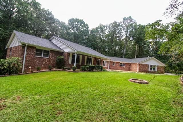 3321 Bonds Lake Drive NW, Conyers, GA 30012 (MLS #6787990) :: The Heyl Group at Keller Williams