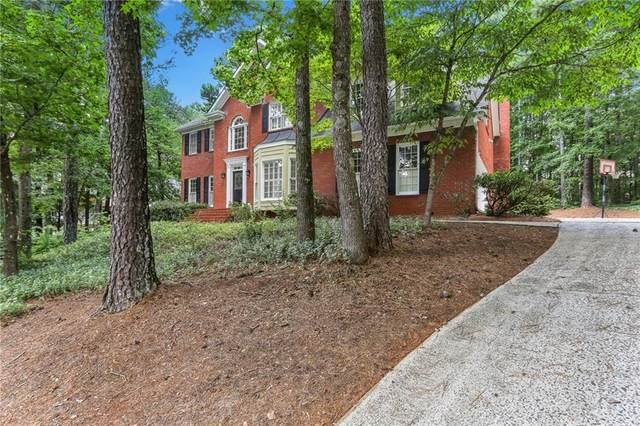 510 Saddlebrook, Roswell, GA 30075 (MLS #6788239) :: North Atlanta Home Team