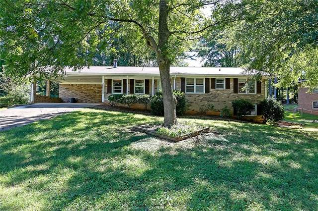 5653 Woodland Drive, Douglasville, GA 30135 (MLS #6789742) :: Rock River Realty