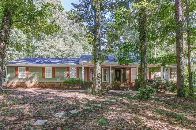 5016 Lake Forest Drive SE, Conyers, GA 30094 (MLS #6790346) :: The Cowan Connection Team