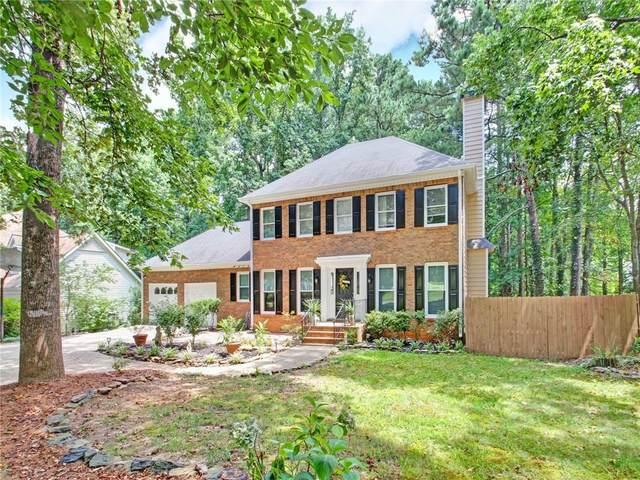 937 Pinbrook Drive, Lawrenceville, GA 30043 (MLS #6790931) :: North Atlanta Home Team