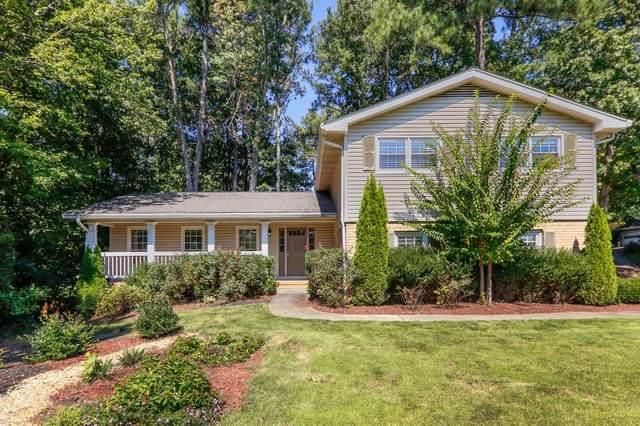 2710 Amberly Way, Dunwoody, GA 30360 (MLS #6792099) :: Tonda Booker Real Estate Sales