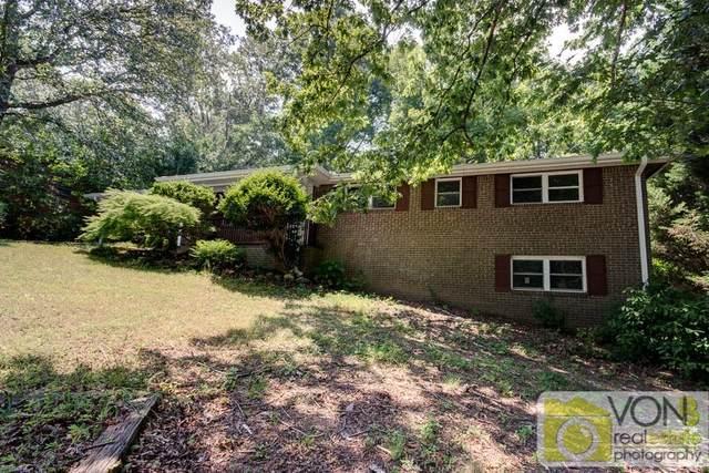 5825 S Bear Drive, Douglasville, GA 30135 (MLS #6792593) :: Kennesaw Life Real Estate