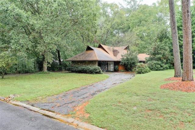 3159 Royal Oak Drive, Marietta, GA 30068 (MLS #6793889) :: North Atlanta Home Team