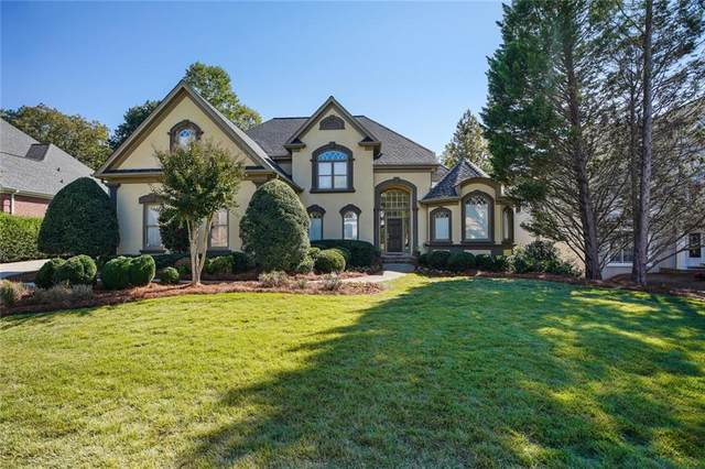 9365 Stoney Ridge Lane, Alpharetta, GA 30022 (MLS #6795520) :: North Atlanta Home Team