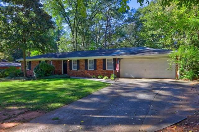 135 Elaine Drive, Roswell, GA 30075 (MLS #6796446) :: Vicki Dyer Real Estate
