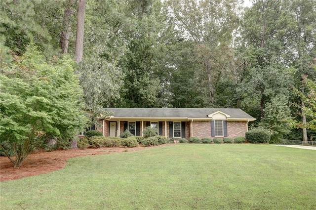 2221 Dartford Drive, Dunwoody, GA 30338 (MLS #6796565) :: Tonda Booker Real Estate Sales