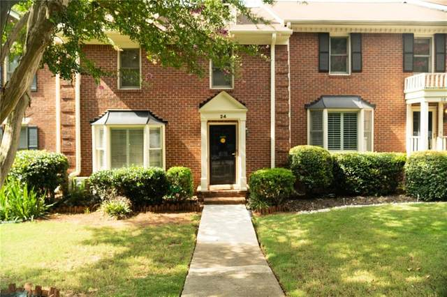24 Huntington Place Drive, Sandy Springs, GA 30350 (MLS #6797555) :: The Zac Team @ RE/MAX Metro Atlanta