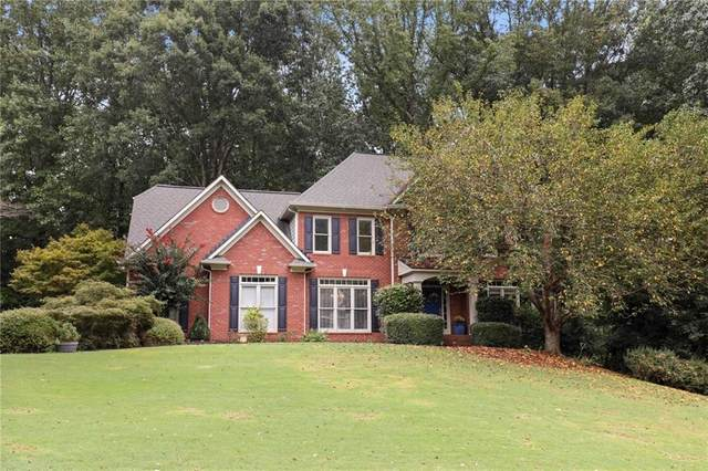 725 Edencrest Lane, Suwanee, GA 30024 (MLS #6797839) :: Scott Fine Homes at Keller Williams First Atlanta