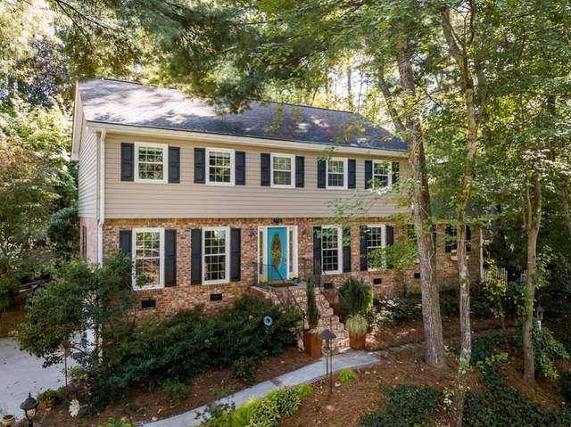 1595 North Springs Drive, Dunwoody, GA 30338 (MLS #6798345) :: Tonda Booker Real Estate Sales