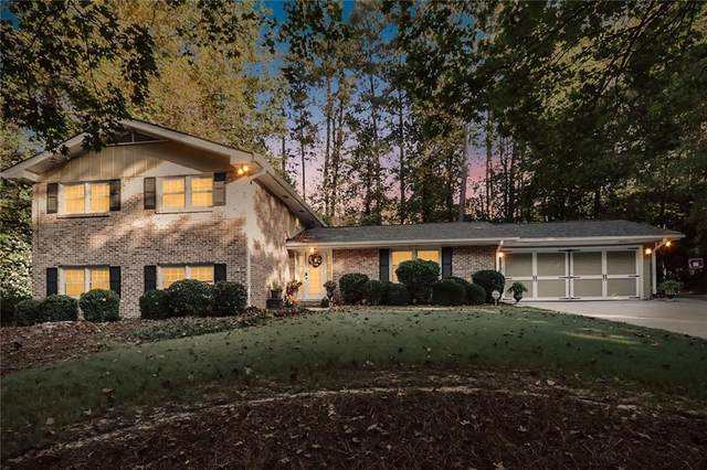 1674 N Springs Drive, Dunwoody, GA 30338 (MLS #6798848) :: Thomas Ramon Realty