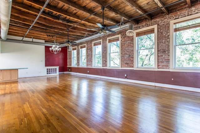 210 Walker Street SW #14, Atlanta, GA 30313 (MLS #6799397) :: Tonda Booker Real Estate Sales