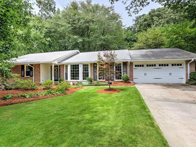 52 Brandon Ridge Drive, Atlanta, GA 30328 (MLS #6799590) :: North Atlanta Home Team