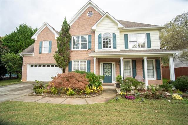 1625 Russells Pond Lane, Lawrenceville, GA 30043 (MLS #6801403) :: The Cowan Connection Team