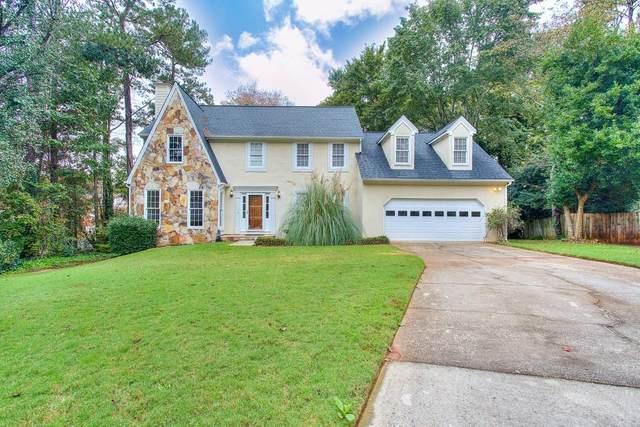 2025 Portsmouth Court, Lawrenceville, GA 30044 (MLS #6801674) :: Charlie Ballard Real Estate