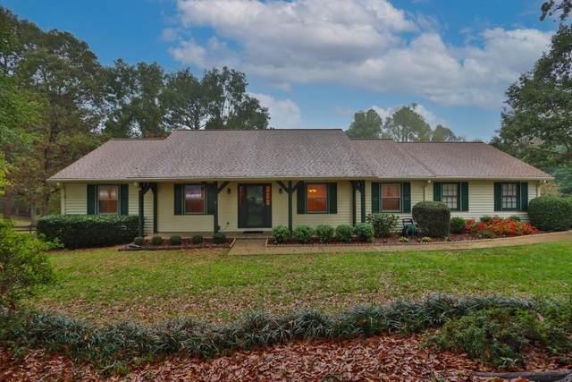 5288 Lake Carlton Road S, Loganville, GA 30052 (MLS #6802264) :: The Residence Experts