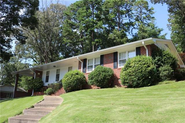 670 Holly Drive, Gainesville, GA 30501 (MLS #6802384) :: The North Georgia Group