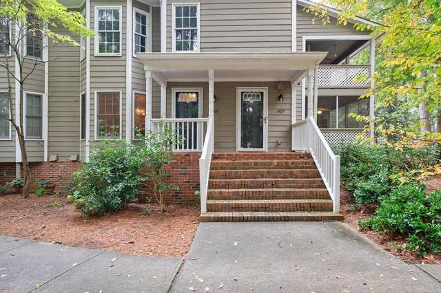1427 Oakridge Circle, Decatur, GA 30033 (MLS #6802547) :: KELLY+CO