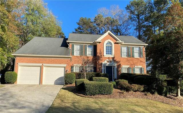 2866 Tynewick Drive NE, Roswell, GA 30075 (MLS #6806954) :: Dillard and Company Realty Group