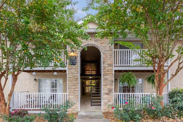 3135 Seven Pines Court #106, Atlanta, GA 30339 (MLS #6807505) :: The Heyl Group at Keller Williams