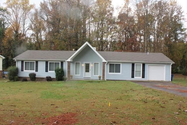 6603 N Seminole Drive, Douglasville, GA 30135 (MLS #6807843) :: North Atlanta Home Team
