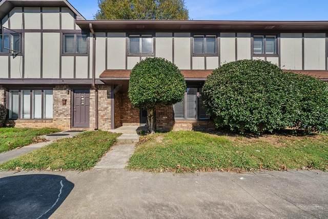 1807 Ashborough Circle 1807 J, Marietta, GA 30067 (MLS #6809328) :: Kennesaw Life Real Estate
