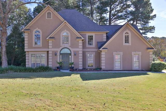 5565 N Hillbrooke Trace, Alpharetta, GA 30005 (MLS #6812073) :: North Atlanta Home Team