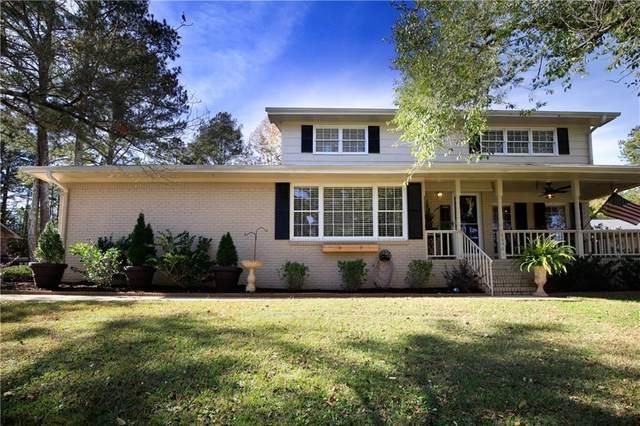 4830 W Lake Way, Douglasville, GA 30135 (MLS #6812234) :: North Atlanta Home Team