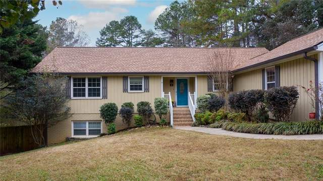 2220 Williams Lane, Cumming, GA 30028 (MLS #6814113) :: The Zac Team @ RE/MAX Metro Atlanta