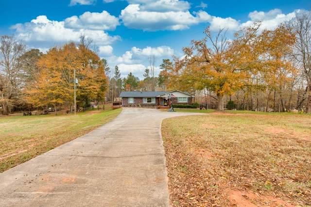 1381 Cronic Town Road, Auburn, GA 30011 (MLS #6814440) :: Tonda Booker Real Estate Sales