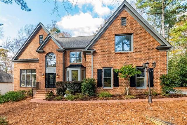 8750 Torrington Drive, Roswell, GA 30076 (MLS #6814562) :: Path & Post Real Estate
