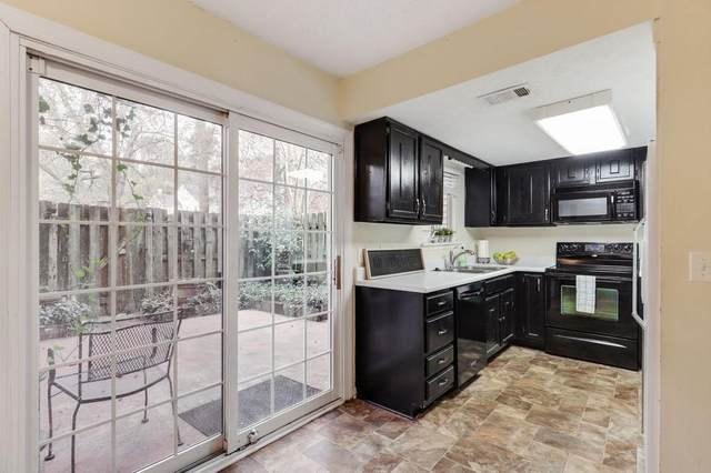 4433 Chowning Way, Dunwoody, GA 30338 (MLS #6815906) :: The Heyl Group at Keller Williams