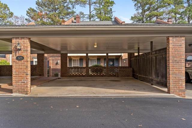 325 The Chace NE, Sandy Springs, GA 30328 (MLS #6818704) :: North Atlanta Home Team